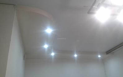 натяжной потолок для кухни над рабочей зоной - работы студии Потолок32