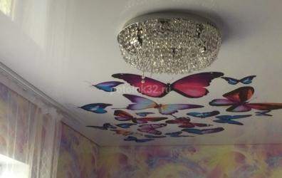 бабочки на потолке в детской - работы студии Потолок32