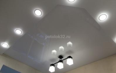 Белый двухуровневый потолок - работы студии Потолок32