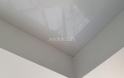 Прямые углы в двухуровневом потолке - работы студии Потолок32