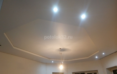 двухуровневый потолок белого цвета - работы студии Потолок32