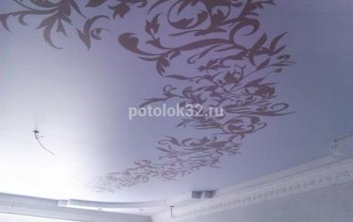 Узоры на матовом потолке - работы студии Потолок32