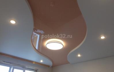 бесщелевой уровневый потолок - работы студии Потолок32