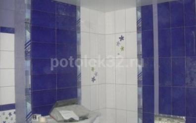 Белый глянцевый потолок в ванной - работы студии Потолок32